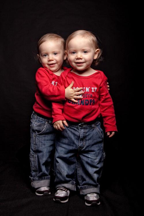 girl identical twins